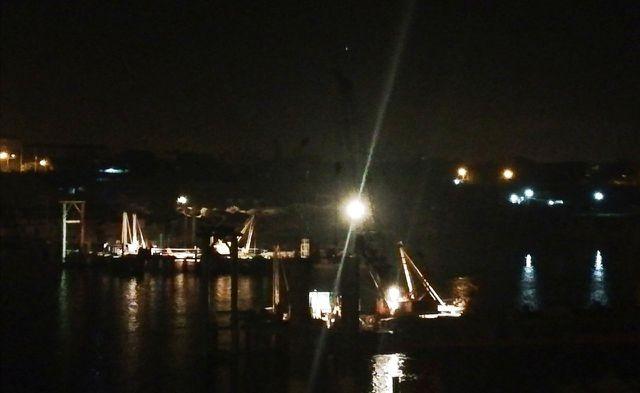 Hiện trường nơi xảy ra vụ sập trụ cầu tạm công trình cầu Hòa Bình 2