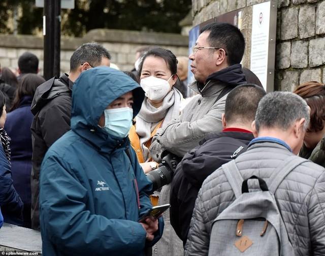 Anh đang đề cao cảnh giác trước dịch viêm phổi do chủng virus corona mới