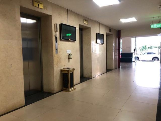 Khu vực thang máy nơi xảy ra vụ việc