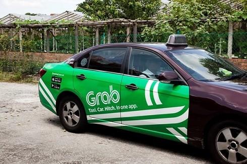 Bộ GTVT trình dự thảo mới, trong đó quy định xe Grab 4 bánh phải đeo mào như taxi truyền thống