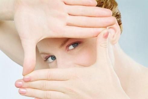 Dầu hạt lanh hữu cơ rất tốt cho thị lực