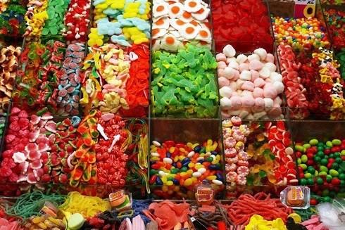 Tiềm ẩn nhiều có hại nguy cơ từ thực phẩm nhuộm màu ảnh 1