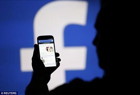 Facebook liệu có nghe lén người dùng?