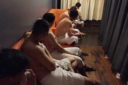 Hoạt động mại dâm đồng tính nam ngày càng gia tăng với tính chất phức tạp