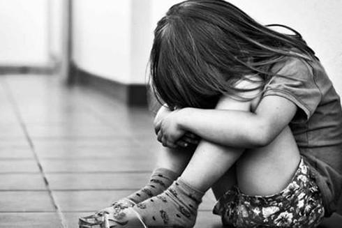 Trẻ bị xâm hại tình dục thường có những ảnh hưởng tâm lý nặng nề