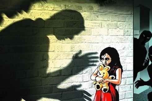 Trẻ cần được phổ biến tìm đến ai khi nguy cấp