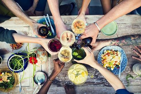 13 bí quyết giúp bạn ăn tết không lo tăng cân