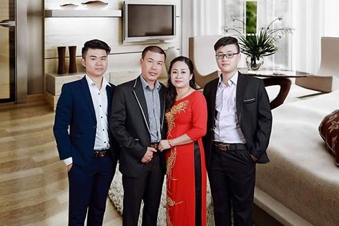 Gia đình anh