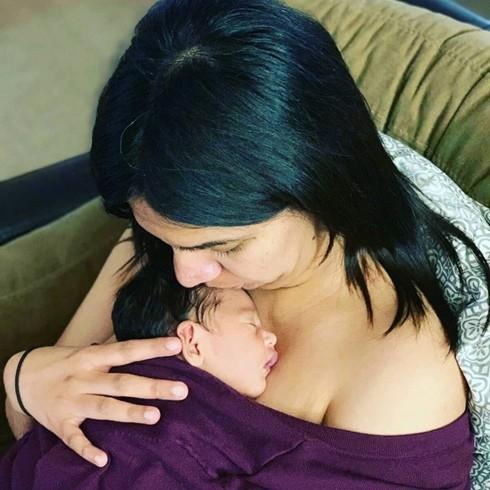 Sau nhiều năm kết hôn, Revati vẫn còn là trinh nữ nhưng vẫn được làm mẹ