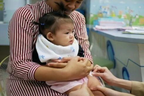 Lịch tiêm phòng cho trẻ sơ sinh và địa điểm tiêm chủng uy tín tại Hà Nội ảnh 2