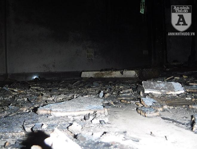 [ẢNH] Bên trong hiện trường rợn người của đám cháy trên phố Lạc Trung ảnh 12