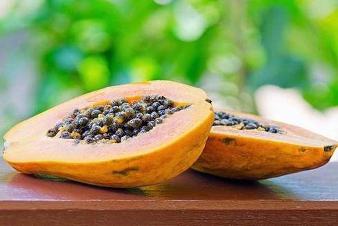 Đu đủ chín là một loại trái cây thơm ngon và là loại trái cây được nhiều người lựa chọn cho bữa sáng