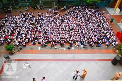 Trường THCS Vân Hồ có 561 em học sinh tham gia buổi tuyên truyền