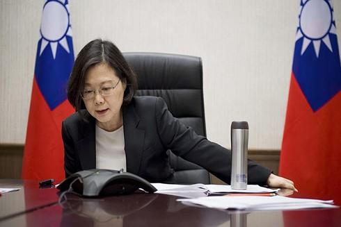 Tổng thống Đài Loan Thái Anh Văn nói chuyện qua điện thoại với Tổng thống Mỹ Donald Trump (Nguồn: AP)