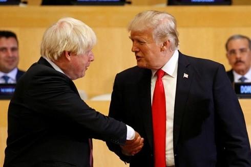 Tân Thủ tướng Anh Boris Johnson (trái) và Tổng thống Mỹ Donald Trump (phải) (Ảnh Reuters)