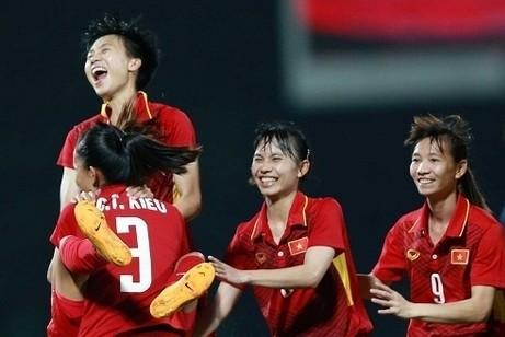 Tin bóng đá HOT nhất ngày hôm nay 17-8-2019: Nữ Việt Nam thắng Campuchia 10-0 ở giải AFF Cup 2019 ảnh 1