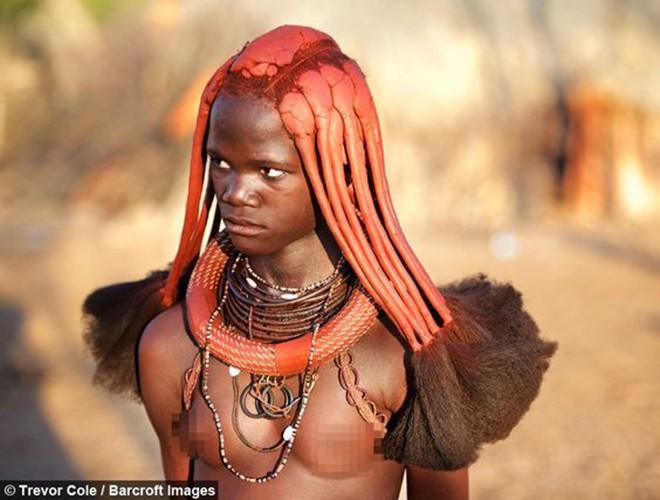 [ẢNH] Giật mình trước những phong tục kỳ lạ của các bộ tộc trên thế giới (phần 2) ảnh 12
