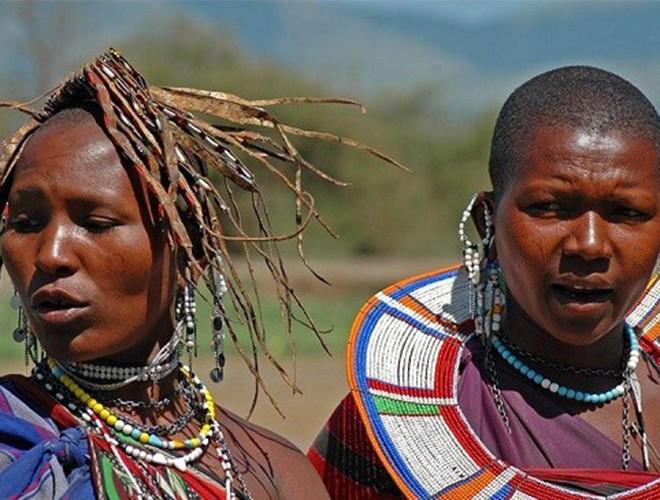 [ẢNH] Giật mình trước những phong tục kỳ lạ của các bộ tộc trên thế giới (phần 2) ảnh 19