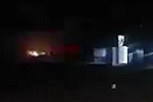 Bầu trời Syria rực sáng vì vụ tấn công