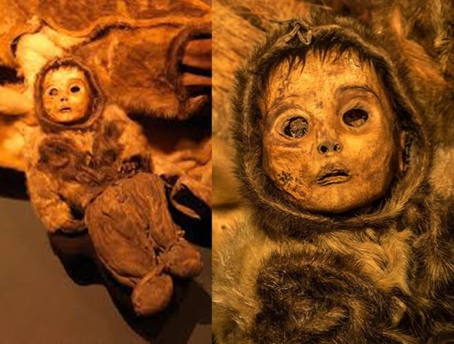 Ám ảnh ánh mắt của xác ướp bé trai 6 tháng tuổi bị chôn sống theo mẹ ảnh 7