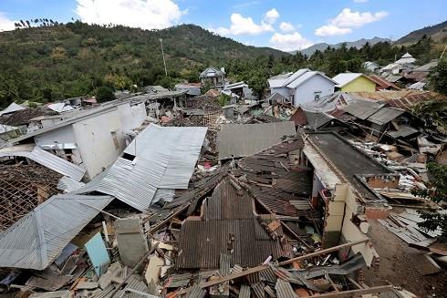 Lombok tan hoang sau ba trận động đất liên tiếp