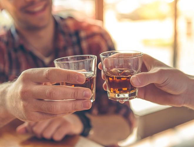 [ẢNH] Uống rượu, bia quá đà là tự gây hại cho sức khỏe ảnh 5