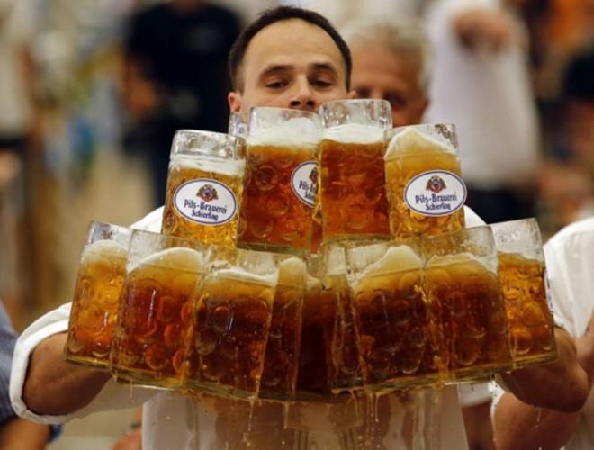 [ẢNH] Uống rượu, bia quá đà là tự gây hại cho sức khỏe ảnh 17