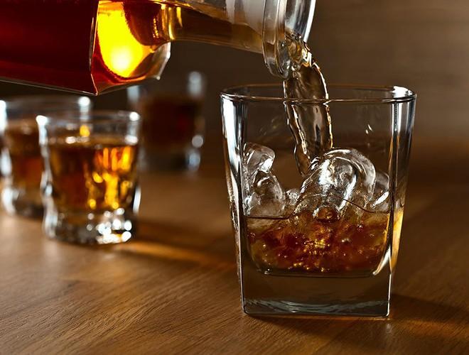 [ẢNH] Uống rượu, bia quá đà là tự gây hại cho sức khỏe ảnh 14
