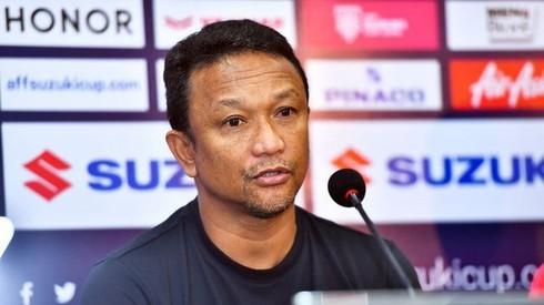 Huyền thoại bóng đá Fandi Ahmad hiện đang làm HLV trưởng Đội tuyển U22 Singgapore