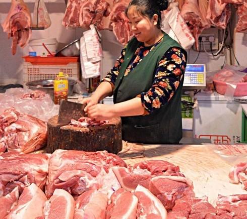 Thịt lợn được coi là món ăn truyền thống của hầu hết gia đình ở Việt Nam