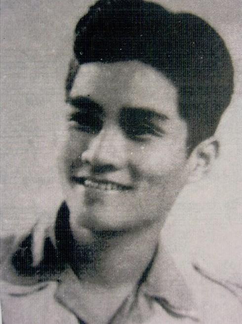Nhạc sĩ Nguyễn Văn Tý thời trẻ