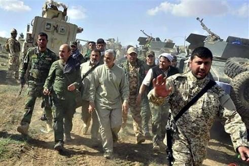 Dù rất được các nhóm phiến quân chống Mỹ tôn sùng, tướng Soleimani bị Mỹ liệt vào danh sách khủng bố và trở thành mục tiêu săn lùng của CIA và Mossad của Israel