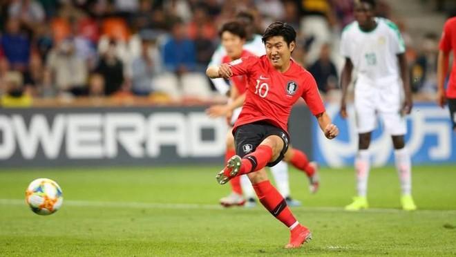Với màn trình diễn chói sáng tại VCK U20 World Cup 2019, Lee Kang-in đã được bầu chọn là cầu thủ xuất sắc nhất giải đấu