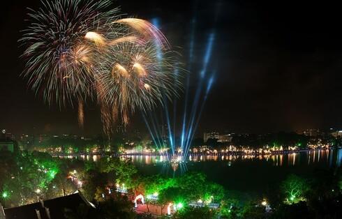 Những địa điểm xem pháo hoa nổi tiếng ở các nước đón Tết Nguyên đán ảnh 6
