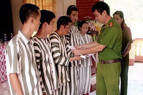 Hội đồng xét giảm thời hạn án phạt tù tỉnh Phú Yên xét giảm án, tha tù trước thời hạn cho 420 phạm nhân