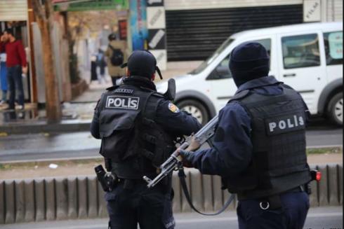 Lực lượng cảnh sát Thổ Nhĩ Kỳ thực hiện các lệnh bắt giữ tại nhiều tỉnh thành khác nhau trên toàn đất nước