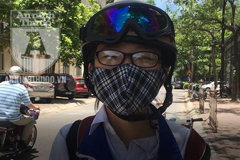 Nguyễn Huyền Trang, học sinh trường THPT Chuyên Đại học Sư Phạm Hà Nội