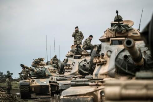 Binh sĩ Thổ Nhĩ Kỳ đã tiến vào khu vực miền bắc Iraq dưới sự yểm trợ của tiêm kích F-16 cũng như máy bay không người lái vũ trang Bayraktar TB2