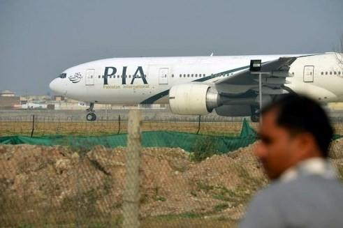 Hàng loạt phi công của Hãng hàng không quốc tế Pakistan (PIA) bị cáo buộc gian lận bằng lái máy bay