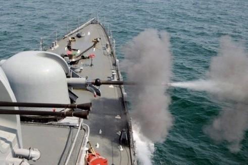 Nga nổ súng cảnh cáo, ngăn tàu NATO tiếp cận bán đảo Crimea