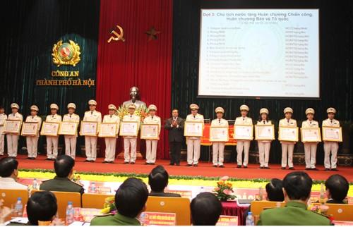 Nhiều tập thể, cá nhân xuất sắc đã được trao tặng Huân chương Chiến công và Huân chương Bảo vệ Tổ quốc