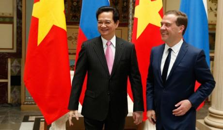 Thủ tướng Nguyễn Tấn Dũng và Thủ tướng Dmitry Medvedev trongcuộc hội đàm ngày 14/5/2013 tại Moscow. Ảnh:vietnamese.ruvr.ru