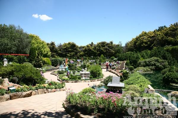 Bảy ngày vòng quanh Australia (7): Ngỡ ngàng lạc vào vườn cổ tích ở Canberra ảnh 6