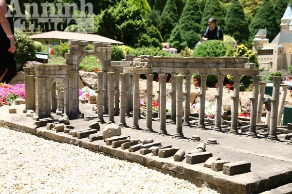 Bảy ngày vòng quanh Australia (7): Ngỡ ngàng lạc vào vườn cổ tích ở Canberra ảnh 9