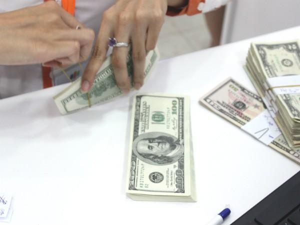 Ngân hàng Nhà nước điều chỉnh tăng 1% tỷ giá bình quân liên ngân hàng