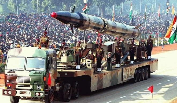 Vì sao Ấn Độ trở thành quốc gia nhập khẩu vũ khí lớn nhất thế giới? ảnh 1