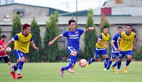 ĐT Việt Nam 1 - 8 Man City: Đẳng cấp vượt trội ảnh 16