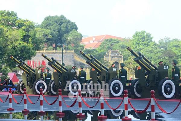 Cận cảnh diễn tập nghi thức bắn 21 phát đại bác chào mừng 70 năm Quốc khánh ảnh 1