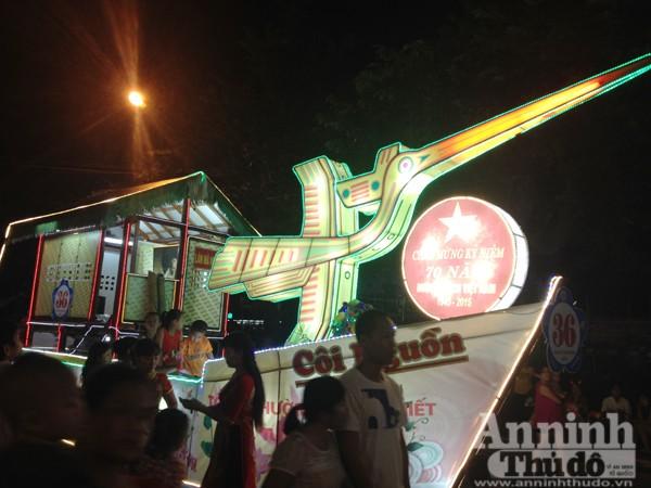 Ấn tượng đặc sắc lễ hội Trung thu Tuyên Quang 2015 ảnh 9