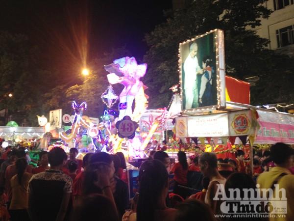 Ấn tượng đặc sắc lễ hội Trung thu Tuyên Quang 2015 ảnh 8